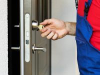 Emergency Locksmith Services And The Reasons To Hire Them